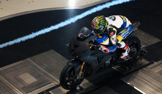 World Superbike: La BMW con Davies in galleria del vento prepara Monza